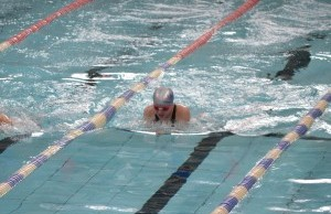 Wiltshire Sprints 2016 - Caitlin Warrington winning gold at 13 years in the breaststroke